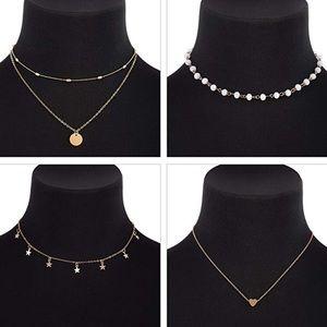 Jewelry - Set of 4 gold chokers